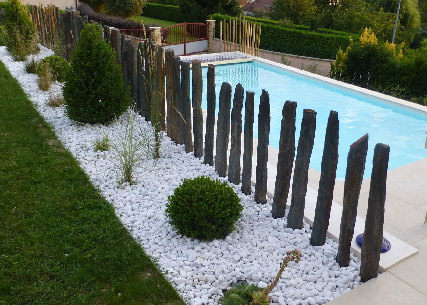 Best deco jardin avec galets blancs ideas design trends for Modele paysagiste jardin