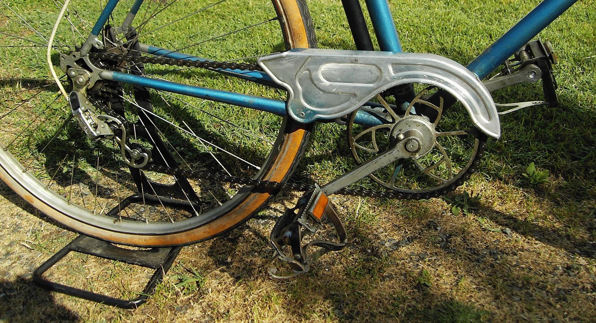 Besoin d'info sur ce vélo F2cab8869870bc2785ddcfe6a31ec4e4_1900