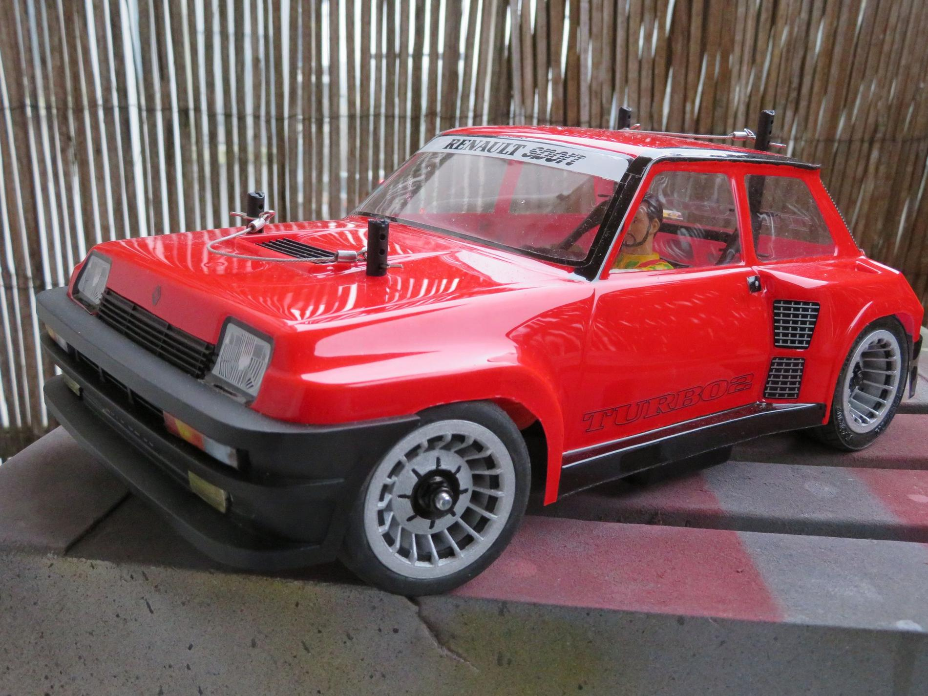 Tamiya Renault 5 Turbo - M08 Concept 9a5baba112d1e05c60e3b66870e1aae6